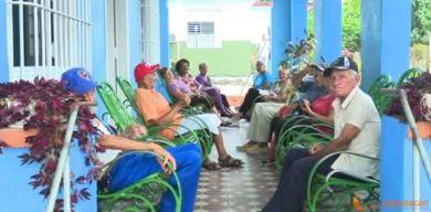Accionan para proteger del COVID-19 a los adultos mayores en Villa Clara
