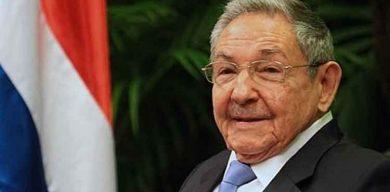 Raúl sostiene conversación telefónica con el secretario general del Partido Comunista de Vietnam