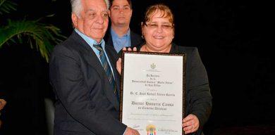 Confieren Título de Doctor Honoris Causa a José Rafael Abreu García
