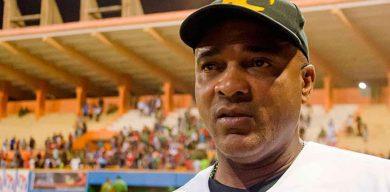 Eduardo Paret cesa como director del equipo Villa Clara de béisbol