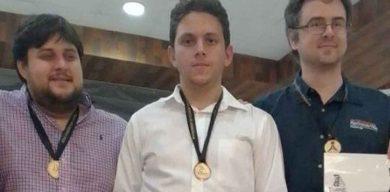 Carlos Daniel Albornoz, dos veces rey del Memorial Carlos Torres