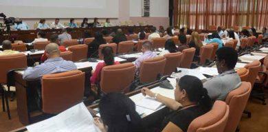 Diputados cubanos continúan hoy debates de las comisiones de trabajo