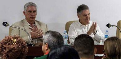 Asiste Díaz-Canel a los debates en comisiones de la Asamblea Nacional del Poder Popular