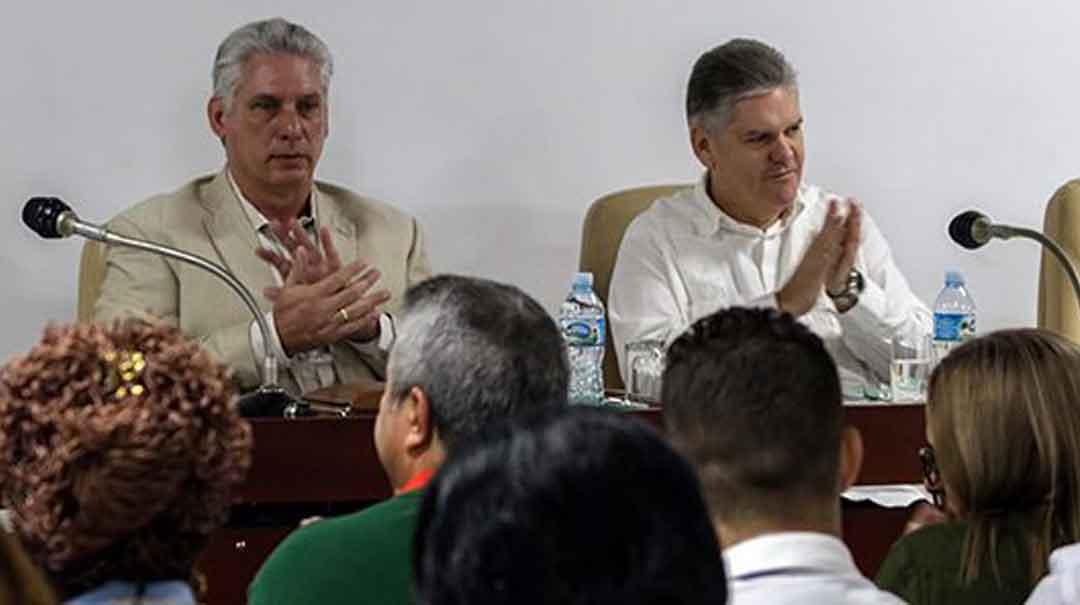 Mandatario cubano asiste a los debates a los debates en comisiones de la Asamblea Nacional del Poder Popular.