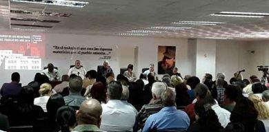 Asiste presidente cubano al balance del Ministerio de Trabajo y Seguridad Social