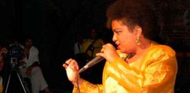 Falleció la cantante santaclareña Lucía Labastida
