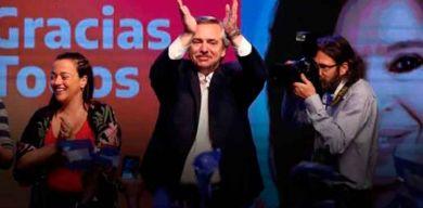 Alberto Fernández analiza gestión tras un mes de Gobierno en Argentina