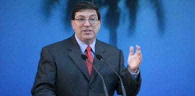 Cuba rechaza difamación contra colaboración de salud en Bolivia