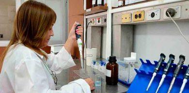 Felicita Díaz-Canel a científicos cubanos