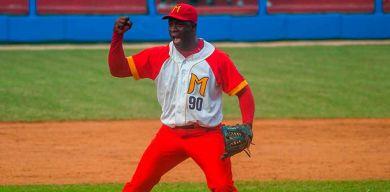 Entenza guía a Matanzas al título del béisbol nacional