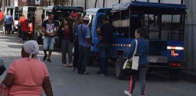 Restablecen transporte público privado en municipios en transmisión autóctona de Villa Clara