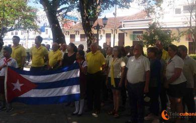 Rinde tributo a José Martí colectivo de Liobiofam en Villa Clara
