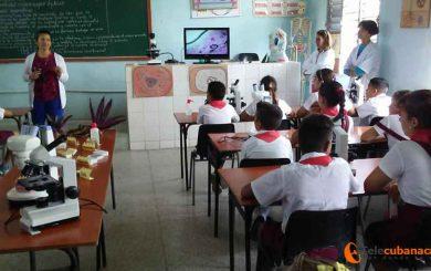 En Sagua la Grande: perfeccionamiento educacional y trabajo en red