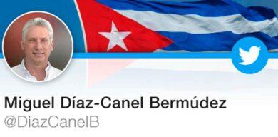 Díaz-Canel: Aplausos a nuestros médicos del alma y el cuerpo