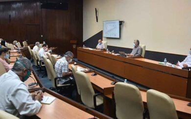 Gobierno cubano, expertos de la ciencia y la salud: Juntos para ganarle tiempo a la COVID-19