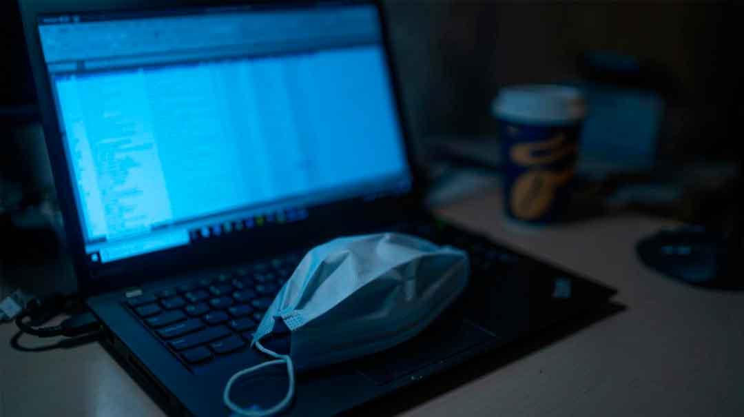 laptop-y-nasobuco Foto: Red Internacional de Periodistas