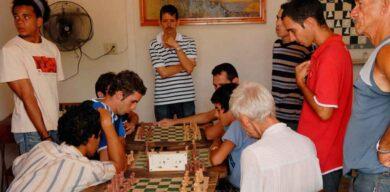 Federación Internacional aporta recursos al ajedrez cubano